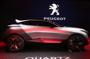 peugeot-quartz-concept-passenger-profile-4